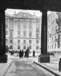 История одного здания: Дом трех Бенуа в Петербурге